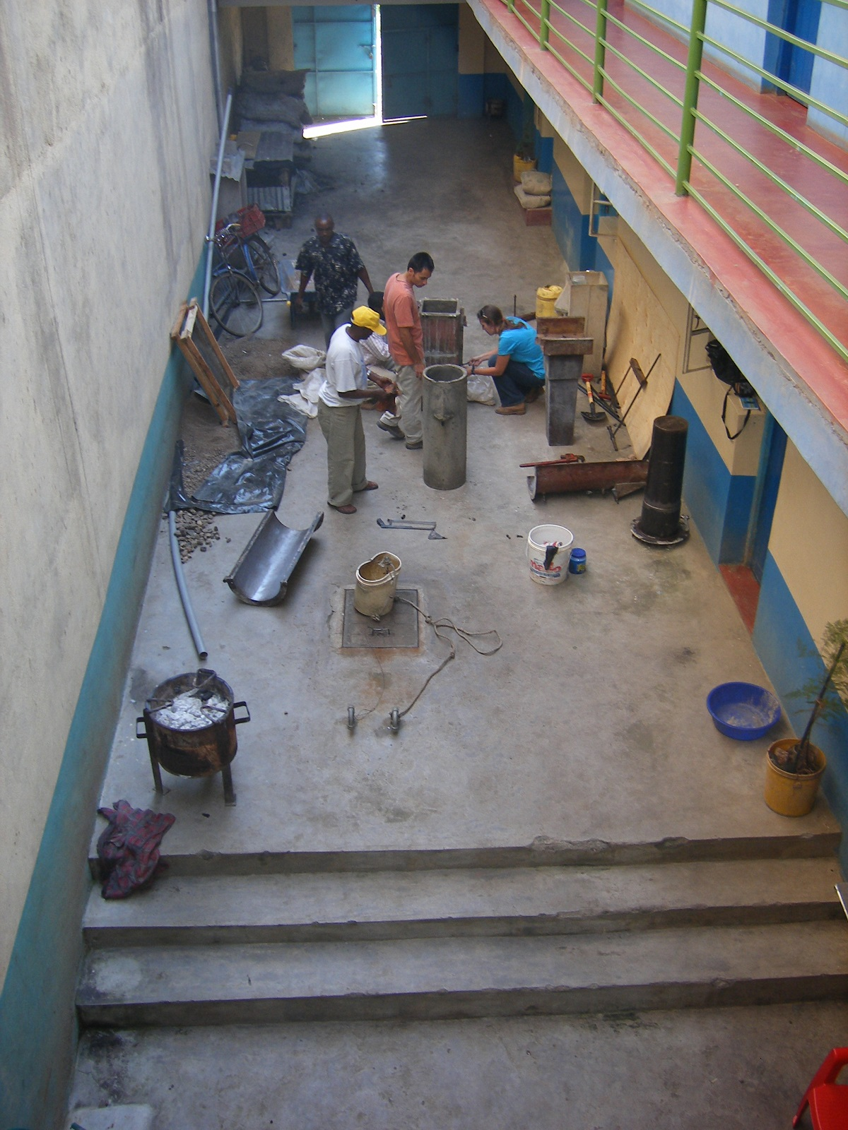 Making filters in the hotel courtyard, Machakos 2007